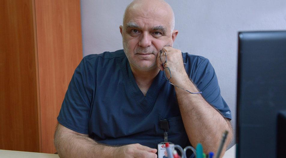 Доц. д-р Петър Атанасов: Прекратихме проучването с ивермектин. Имахме пациенти в много тежко състояние